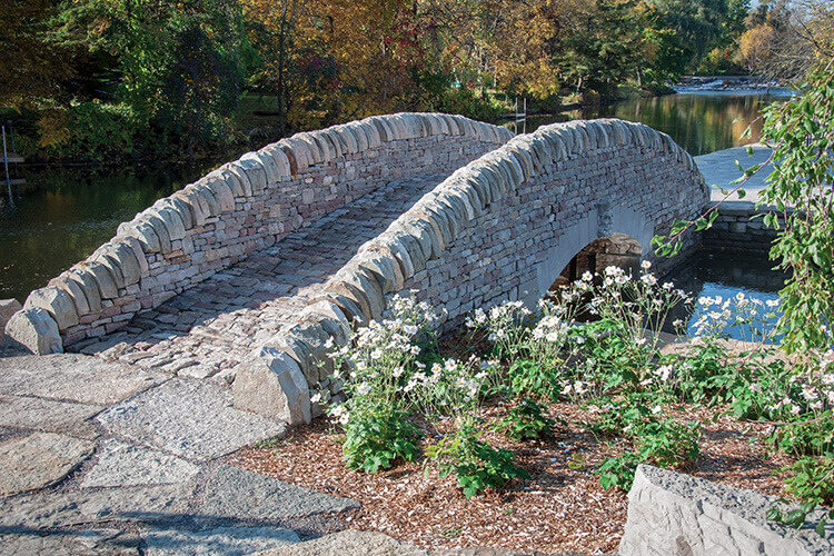 uppercan-perth_drystone_bridge